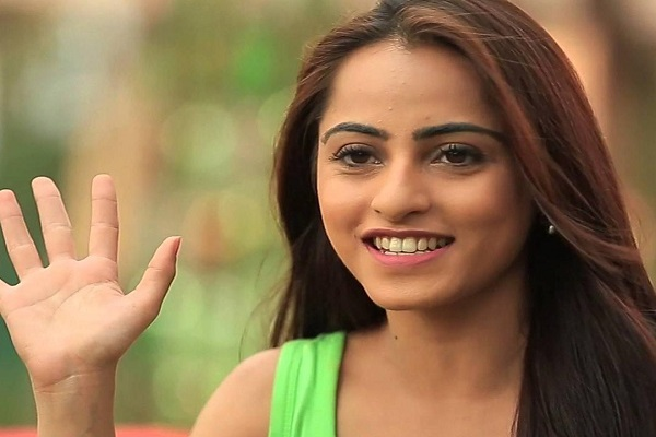 picture of niyati fatnani
