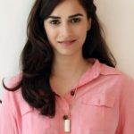 Kashmira Irani Wiki, Bio, Birthday, date of birth, age, height, boyfriend, family, instagram, tv shows