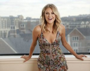 Kelsea Ballerini Wiki, Bio, Birthday, Age, Height, Boyfriend, Husband, Family, Career, Instagram