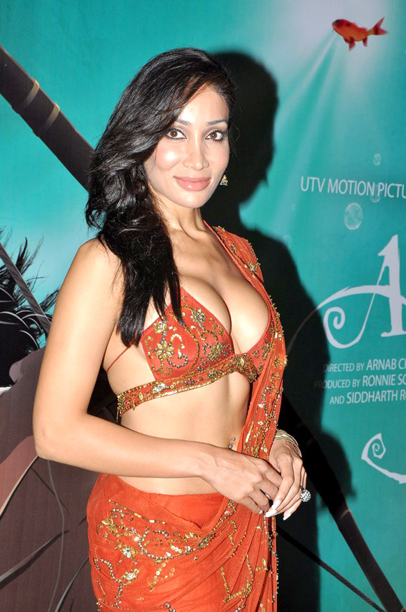 Sofia Hayat Wiki, Bio, Birthday, Age, Height, Boyfriend, Family, Career, Instagram, Net Worth
