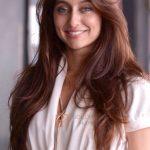 Anusha Dandekar Biography, Wiki, Birthday, Age, Height, Boyfriend, Family, Career, Instagram, Net worth