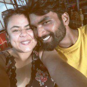 nikhil-vijay-biography-wiki-photo-height-age-family-birthday-instagram